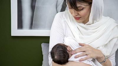 شير دادن يا شير ندادن به نوزاد چه عوارضي دارد