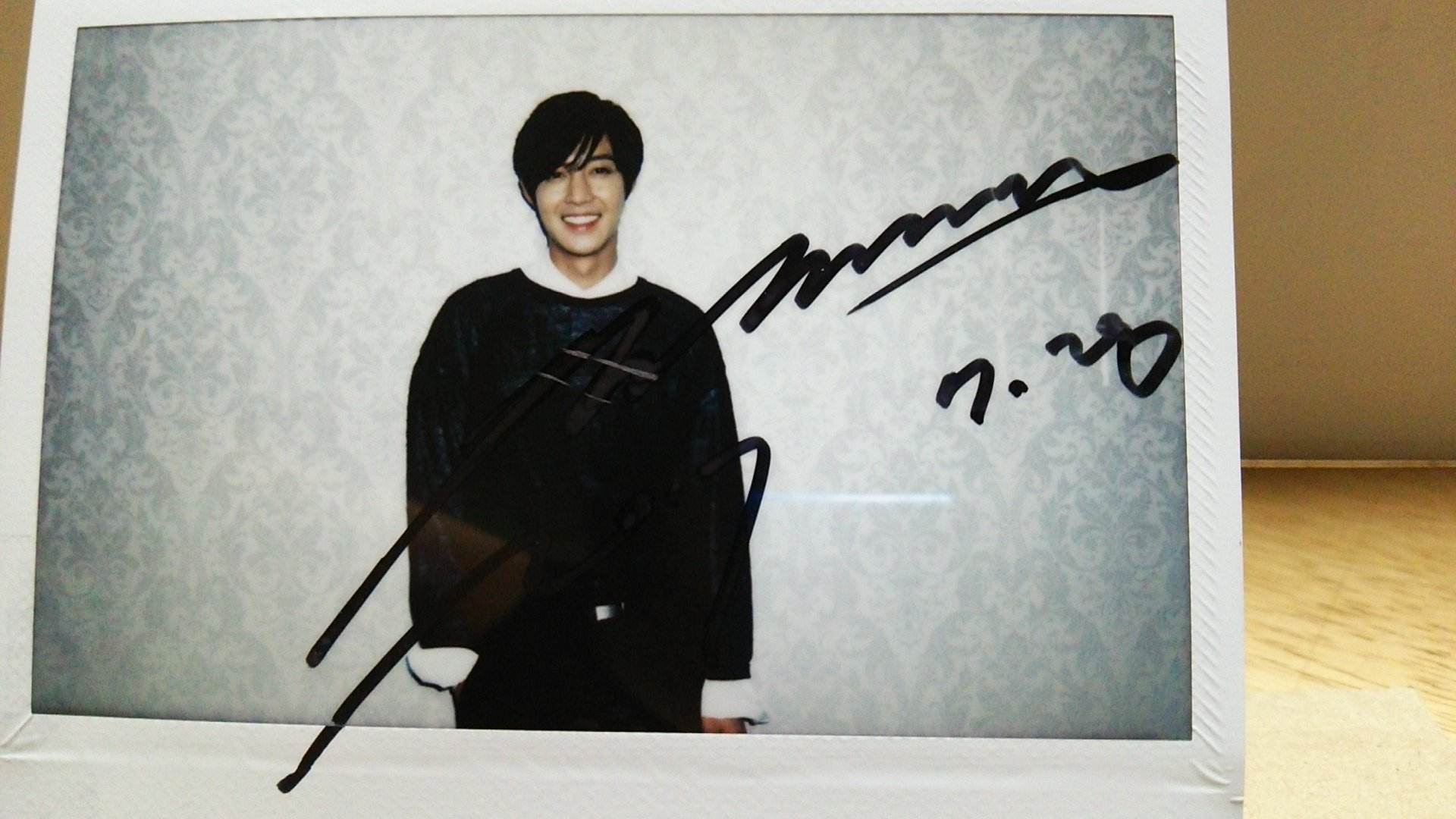Kim Hyun Joong Photo with his autograph - 2017.09.12