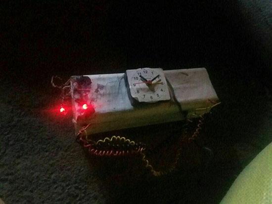 جزئیات کامل کشف بمب نزدیک منزل شهید حججی/ خودروی مشکوک بیرون از شهر منفجر شد