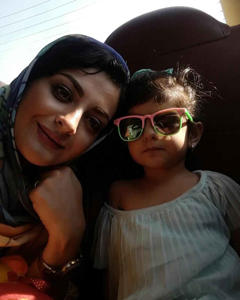 عکس جدید لیلا ایرانی با دخترش
