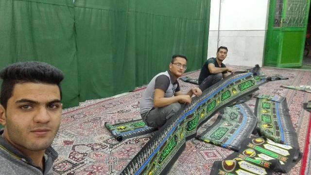 سیاه پوش کردن مساجد محله صادقیون در استقبال از ماه محرم