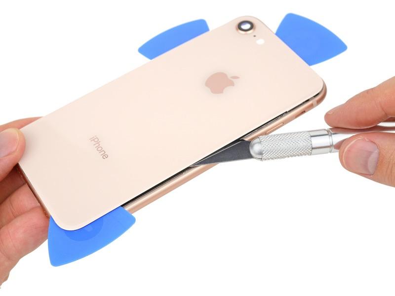 کالبد شکافی اپل آیفون 8