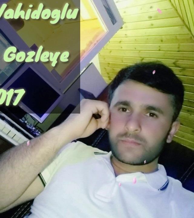 http://s9.picofile.com/file/8308311026/11Nurlan_Vahidoglu_Icirem_Her_Gece.jpg