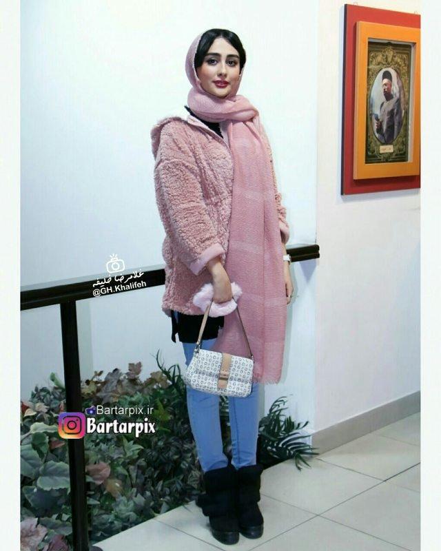 http://s9.picofile.com/file/8308322984/www_bartarpix_ir_setareh_hosseini.jpg