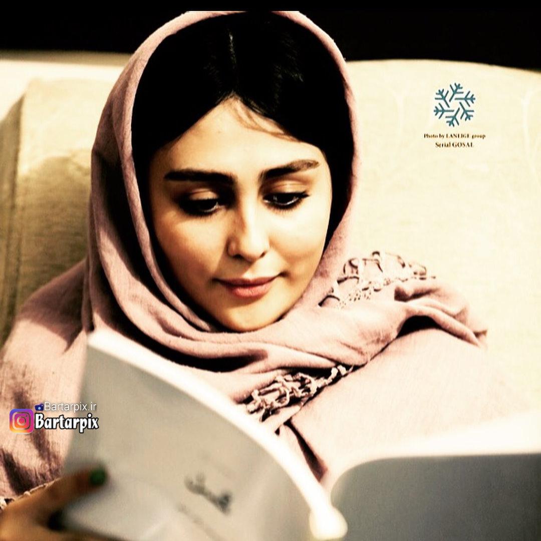 http://s9.picofile.com/file/8308322992/www_bartarpix_ir_setareh_hosseini_1_.jpg