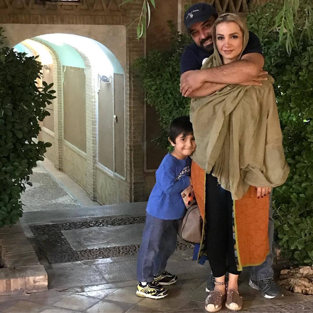عکس جالب برزو ارجمند با همسر و پسرش