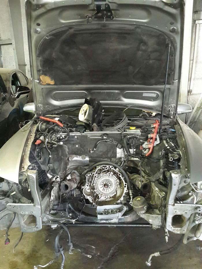 تعمیرگاه کیا تارک خودرو