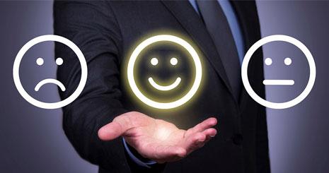 ۸ استراتژی افزایش رضایت مشتری و راه های اندازه گیری آن