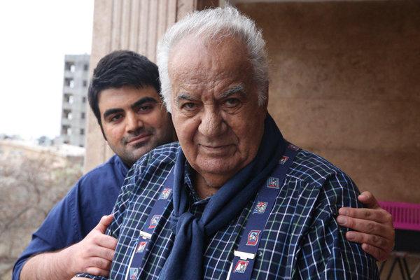 واکنش امیرعلی ملک مطیعی به شایعات منتشرشده درباره درگذشت پدرش؛ اگر پدرم فوت کند صدا و سیما خبرش را منتشر می کند؟