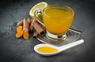 چاي زردچوبه چه خواصي دارد؟ / چرا بايد چاي زردچوبه بنوشيم