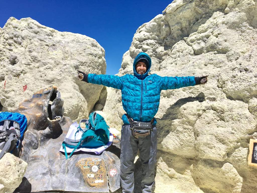 صعود آقایان شایان امیرعضدی و حسین راست روشن به قله دماوند