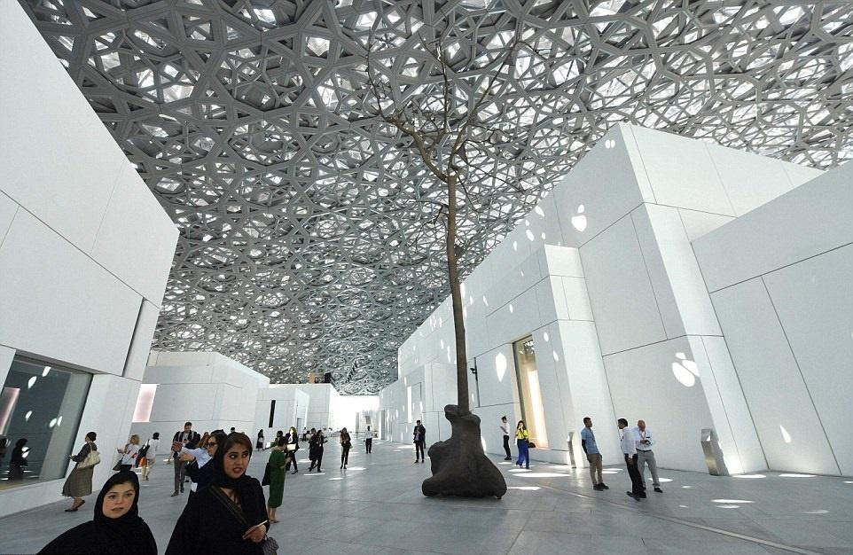 موزه ی لوور در ابوظبی دبی