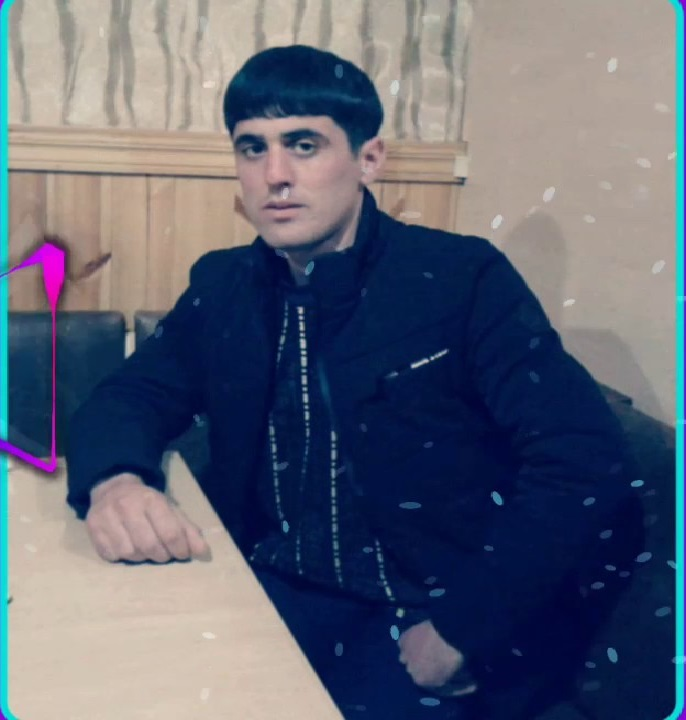 http://s9.picofile.com/file/8312620018/11Arif_Tenha_Ft_Mirismet_Agcabedili_Menim_Esnad_Balam.jpg