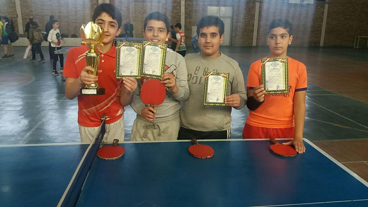 کسب مقام اول انفرادی و تیمی مسابقات پینگ پنگ دانش آموزی