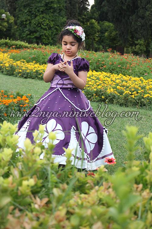 عکس تولد زیبا فضای باز باغ جهان نما حلما سه ساله شعر دخترم عاشقانه لباس سوفیا صوفیا بنفش تاج گل