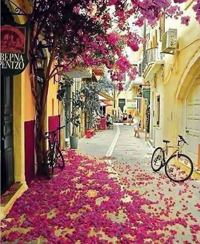 خیابان های خانیا در یونان