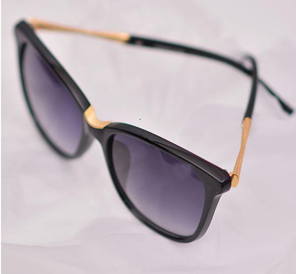 خرید اینترنتی عینک آفتابی سوارسکی