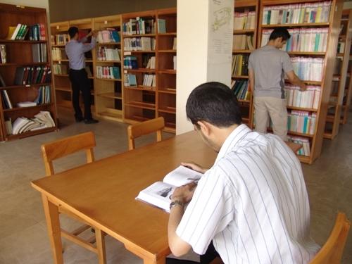 بهره مندی از اعضای فعال کتابخانه ها در ارتقاء فرهنگ مطالعه گیلان