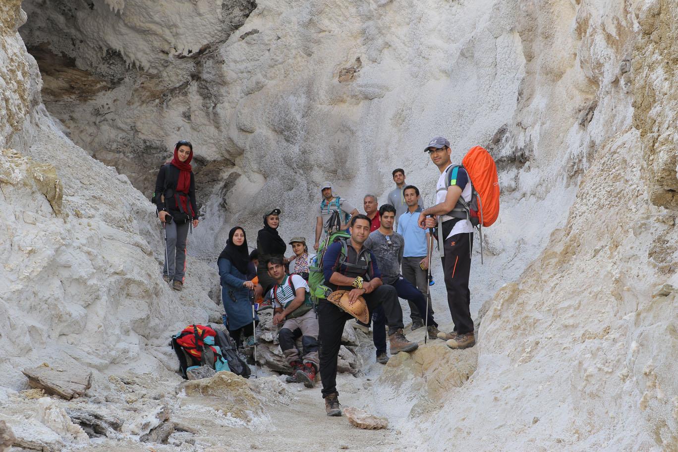 گزارش صعود به کوه نمکی جاشَک (خورموج)
