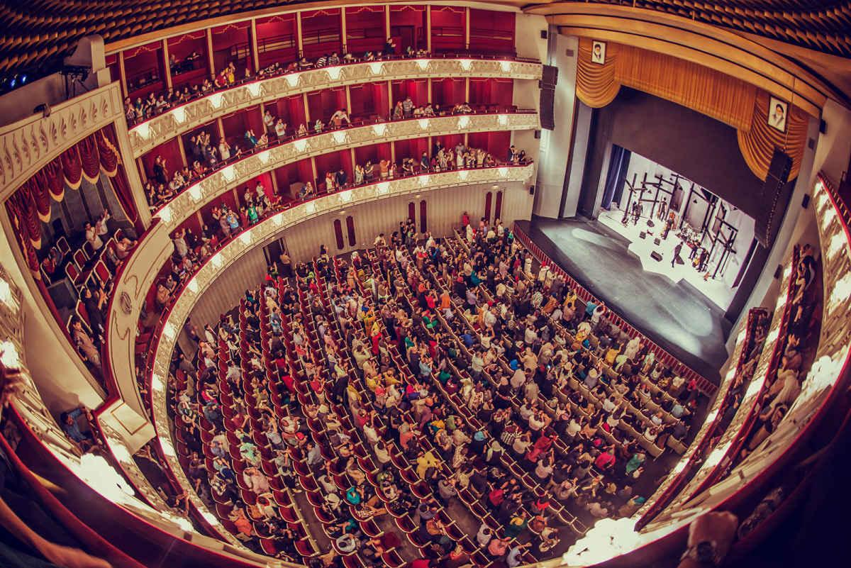رئیس تالار وحدت تهران: جشنواره فجر رشت به لحاظ کیفی قابل تقدیر است