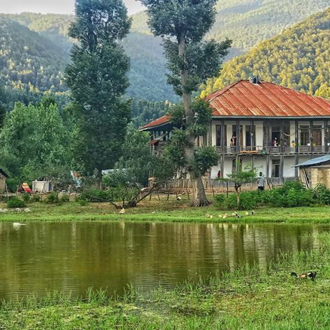 روستای استخرگاه از جاذبه های گردشگری رودبار