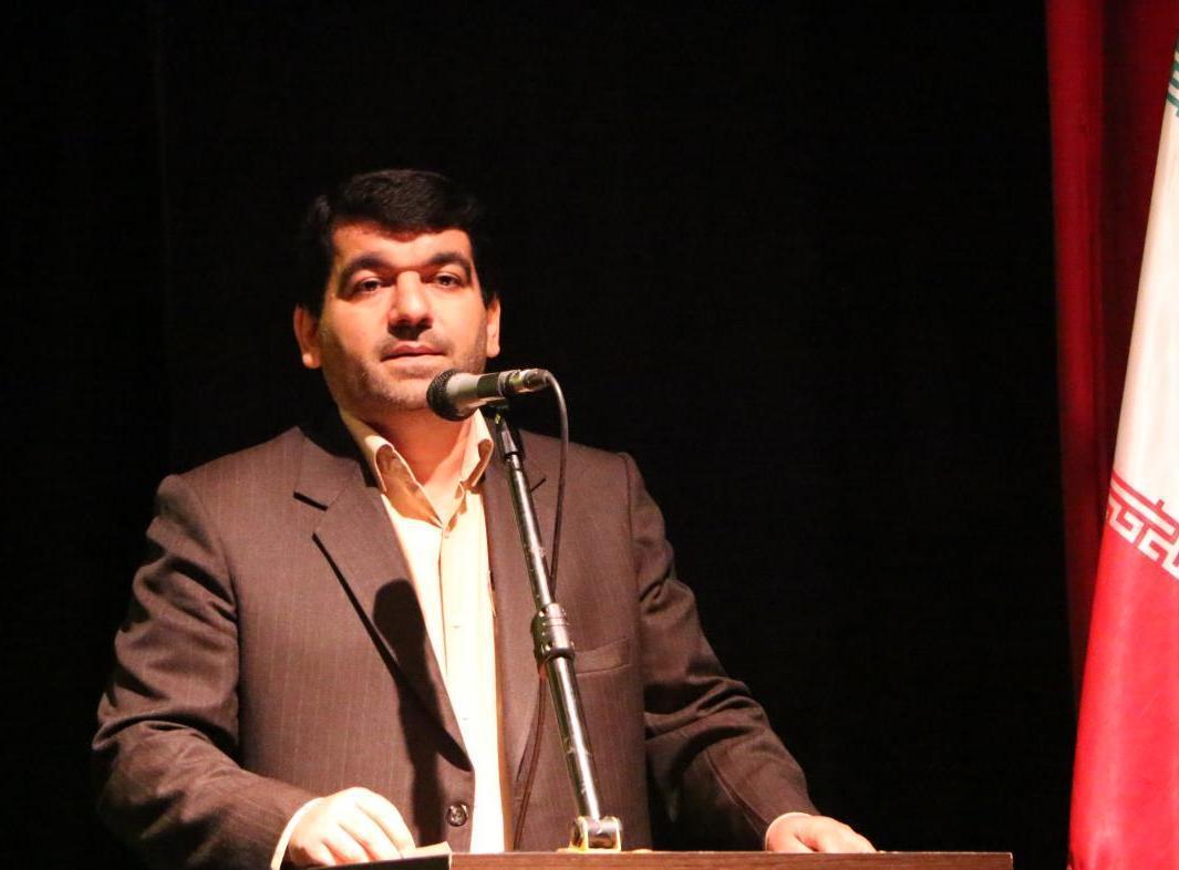 رئیس اداره فرهنگ و ارشاد اسلامی شهرستان رشت خبر داد: برگزاری مراسم اختتامیه جشنواره فجر رشت