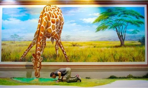 گشتی در گالری «هنر در بهشت» در جزیره مرجانی پاتایا
