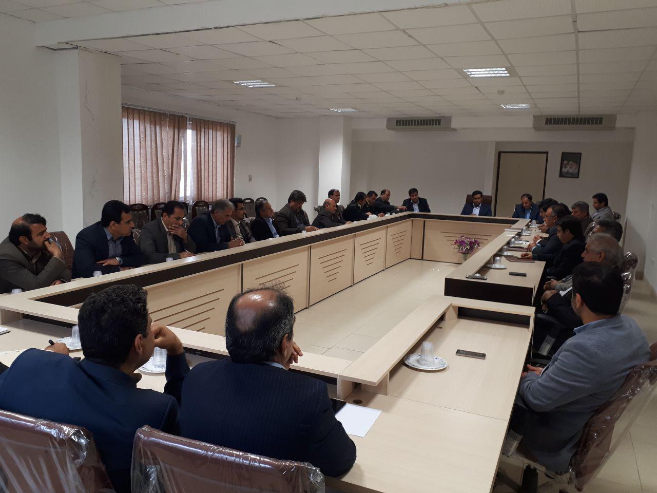 جلسه ستاد خدمات سفر در شهرستان رستم برگزار شد
