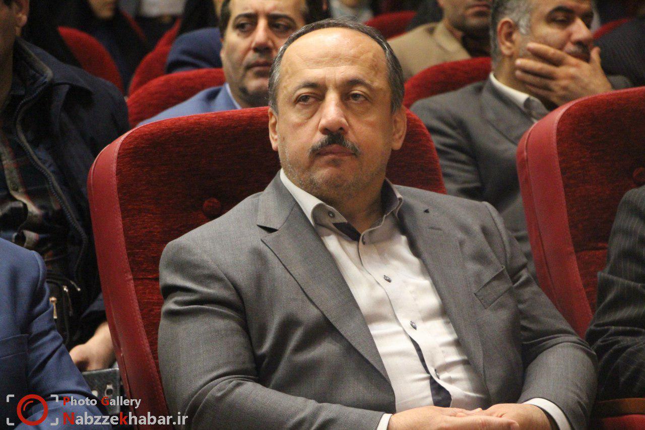 مسعود نصرتی چهره برتر سال ۹۶ راه و ساختمان شد