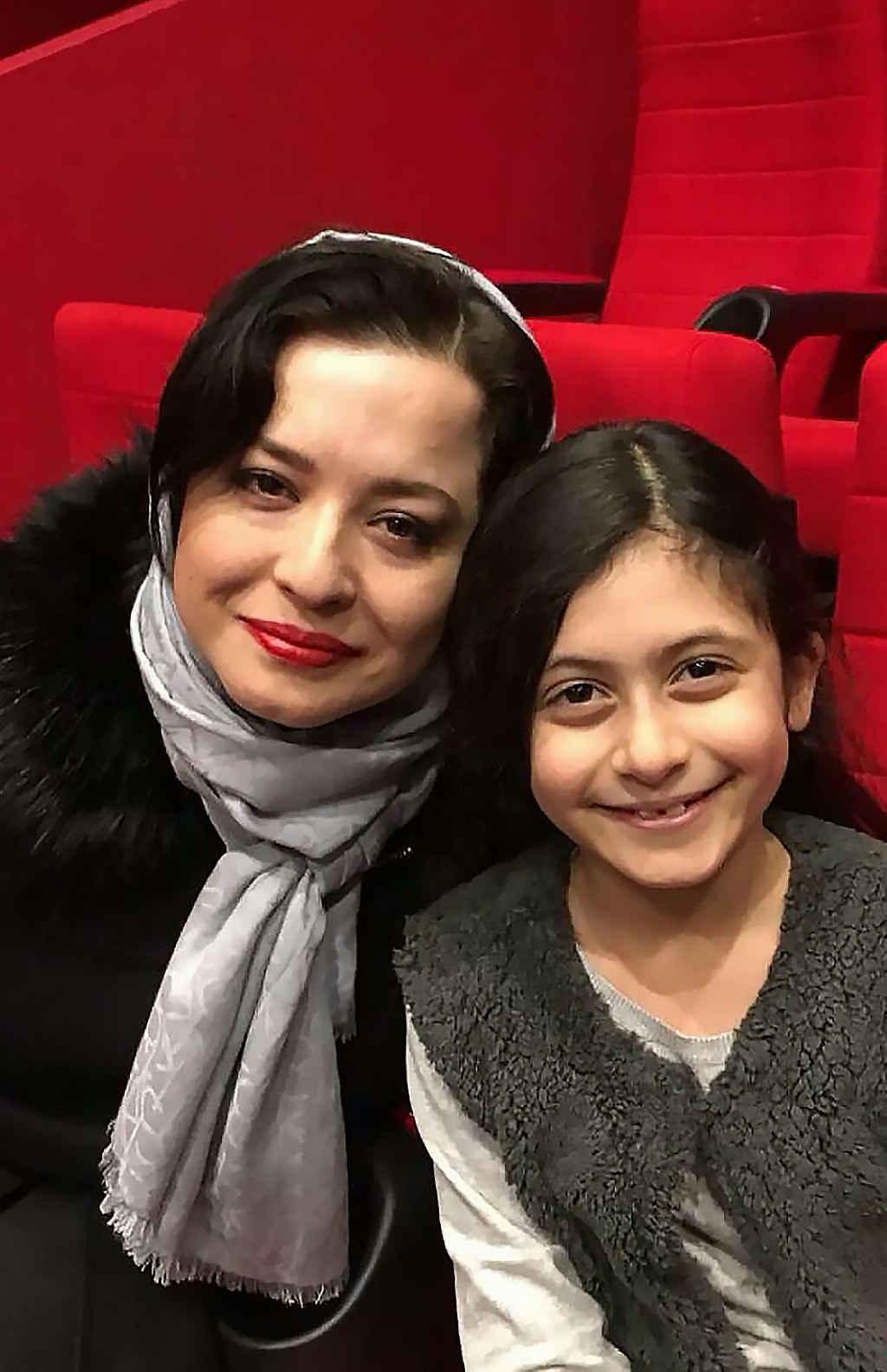 مهراوه شریفی نیا بازیگر در جشنواره فیلم فجر
