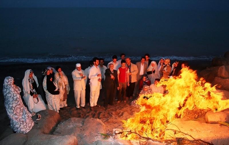 چهارشنبه سوری، فرصتی برای در کنار هم بودن با شادمانی است