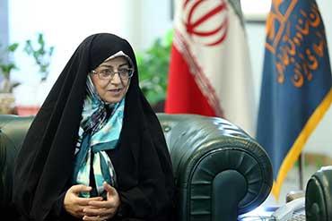 آیینه یزد - نسل جدید حق دارد برای تحقق خواستههایش تقاضای رفراندوم دهد