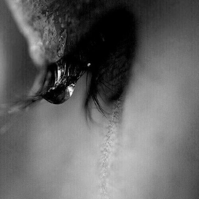 عکس پرفایل دخترانه غمگین