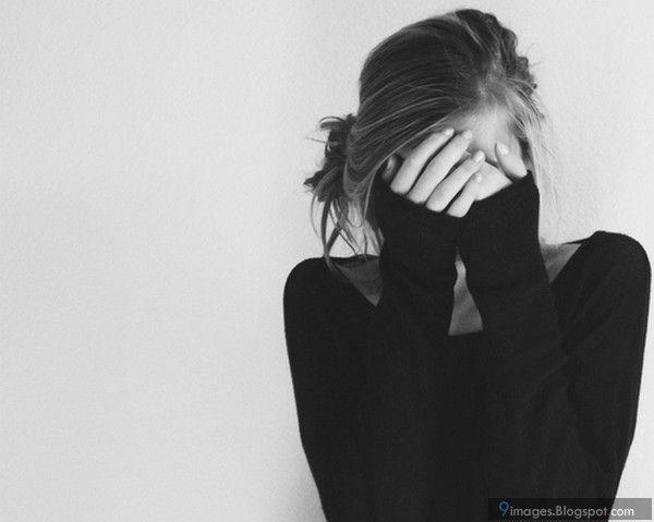 دختر تنها دختر غمگین چرا کسی دوسم نداره
