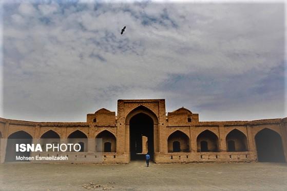 کاروانسرای شاه عباسی مزینان شهرستان داورزن