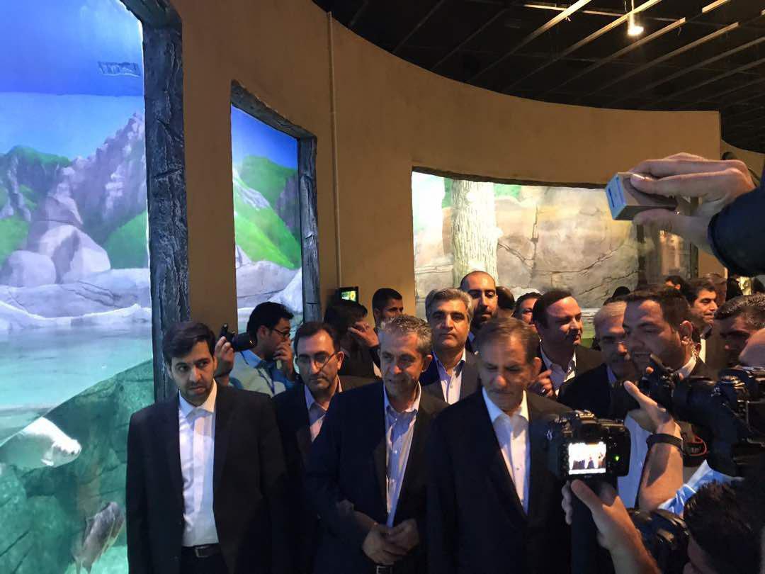 همزمان با حضور دکتر جهانگیری در گیلان افتتاح بزرگترین مجموعه تفریحی و گردشگری آکواریوم و اسکله مارینا منطقه آزاد انزلی