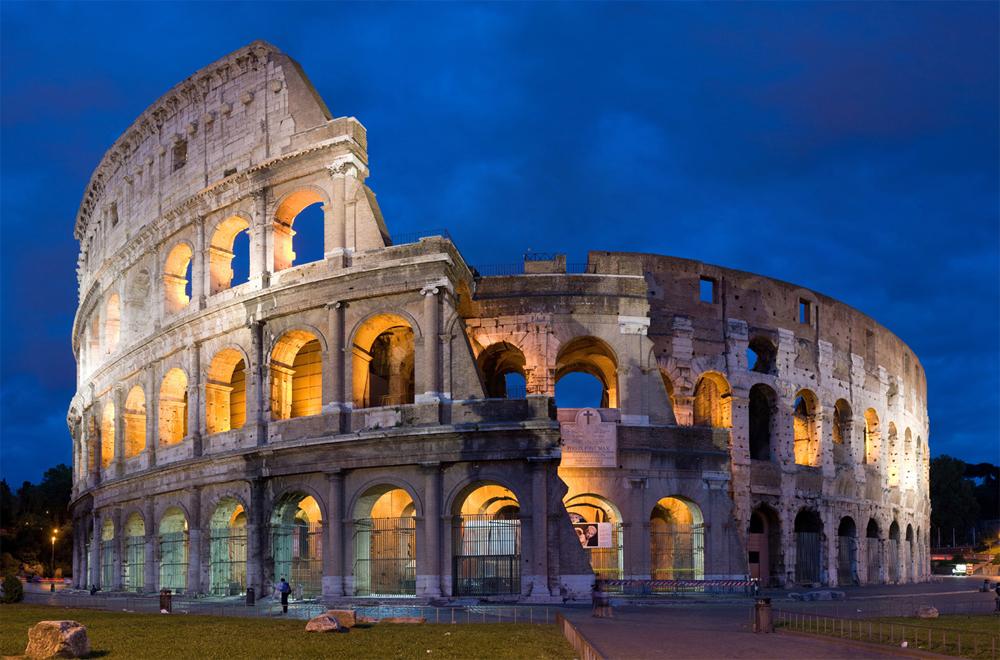 ورزشگاه کولوسئوم در شهر رم