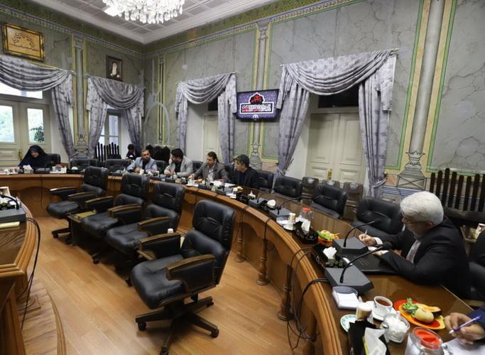 اولین جلسه کمیسیون فرهنگی اجتماعی در دومین سال فعالیت شورا برگزار گردید