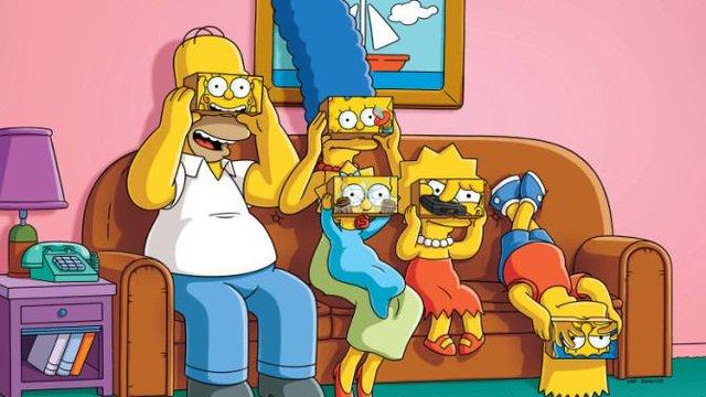 خرید اینترنتی انیمیشن سریالی مرد خانواده  Family Guy با کیفیت عالی