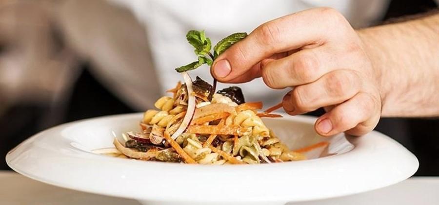 ظروف آشپزخانه رستوران | ظروف سرو غذا در سالن رستوران