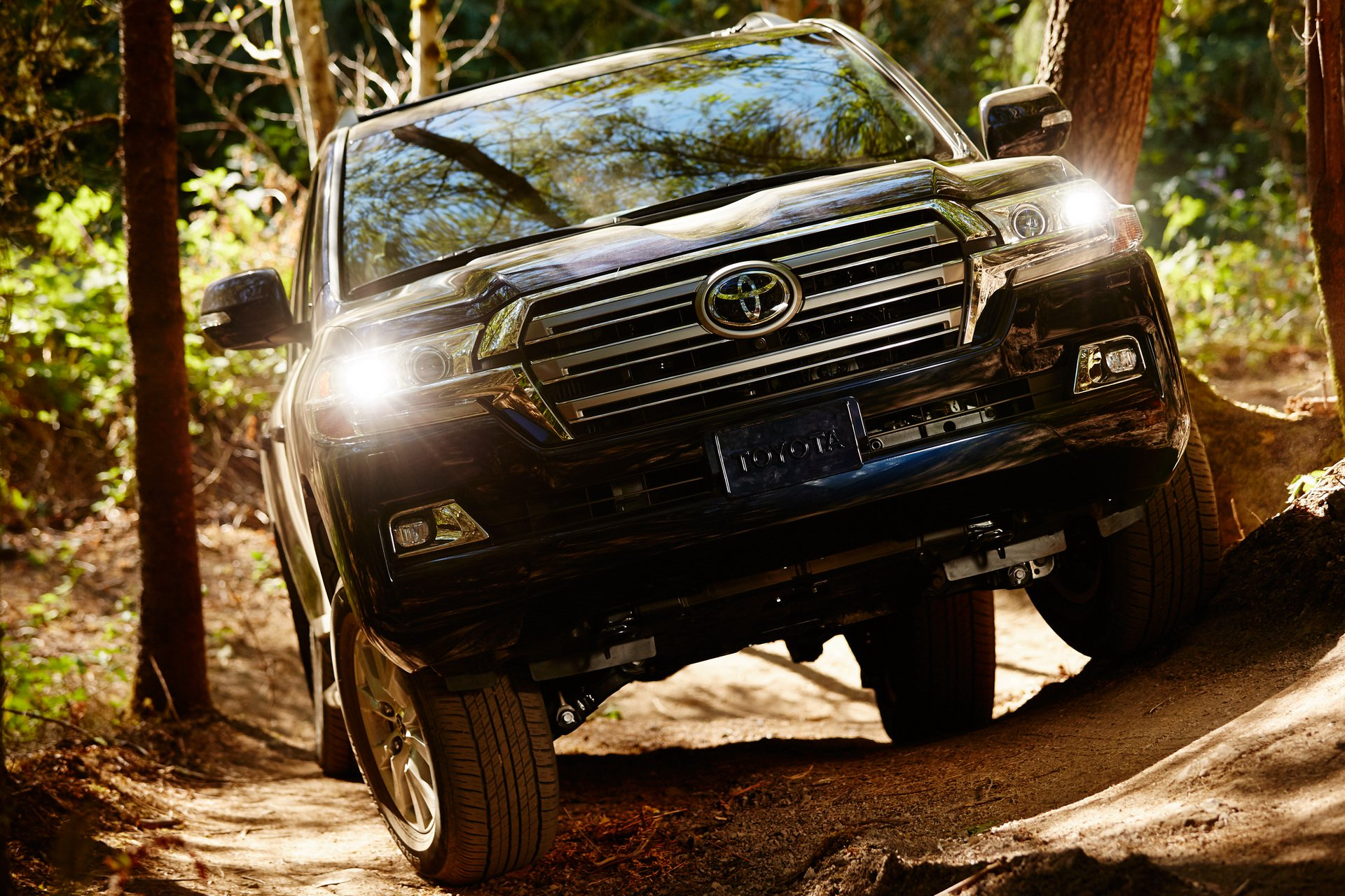 تويوتا لندكروزر 2019 (2019 Toyota Land Cruiser)