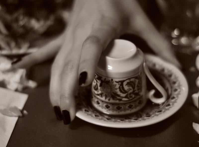 بطری در فال قهوه شیشه در فال قهوه تعبیر بطری فال واقعی قهوه