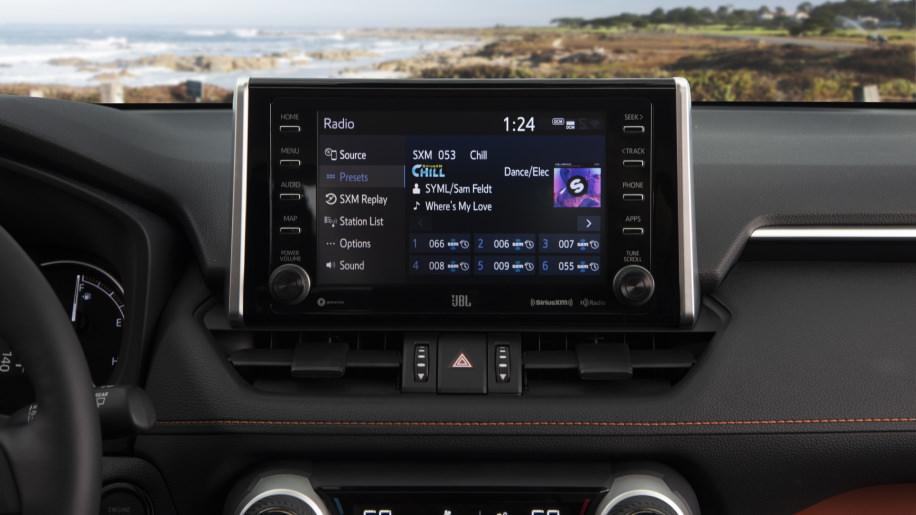 نمایشگر Toyota RAV4
