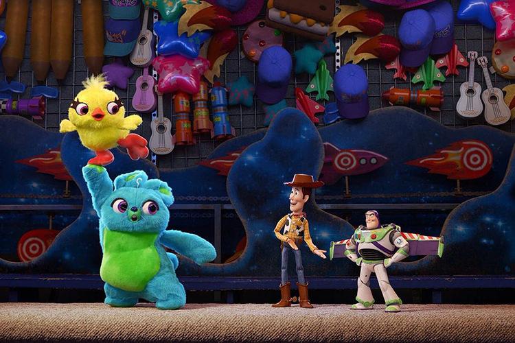 بررسی و تحلیل سری انیمیشنToy Story(داستان اساب بازی ها)