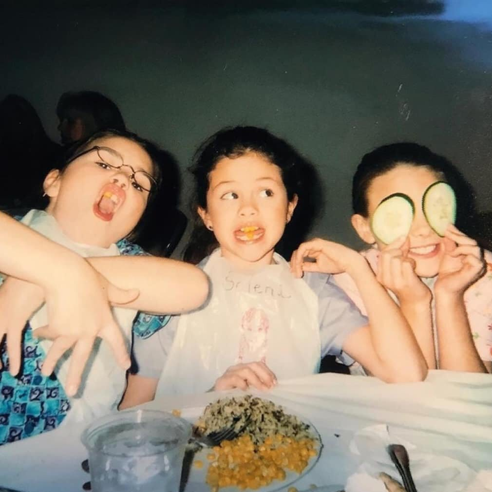 عکس های قدیمی تازه منتشر شده از سلنا