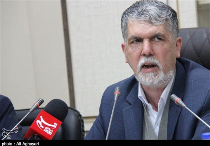 حضور وزیر ارشاد در نمایش «خانه برناردا آلبا» و درد دلهای دکتر رفیعی
