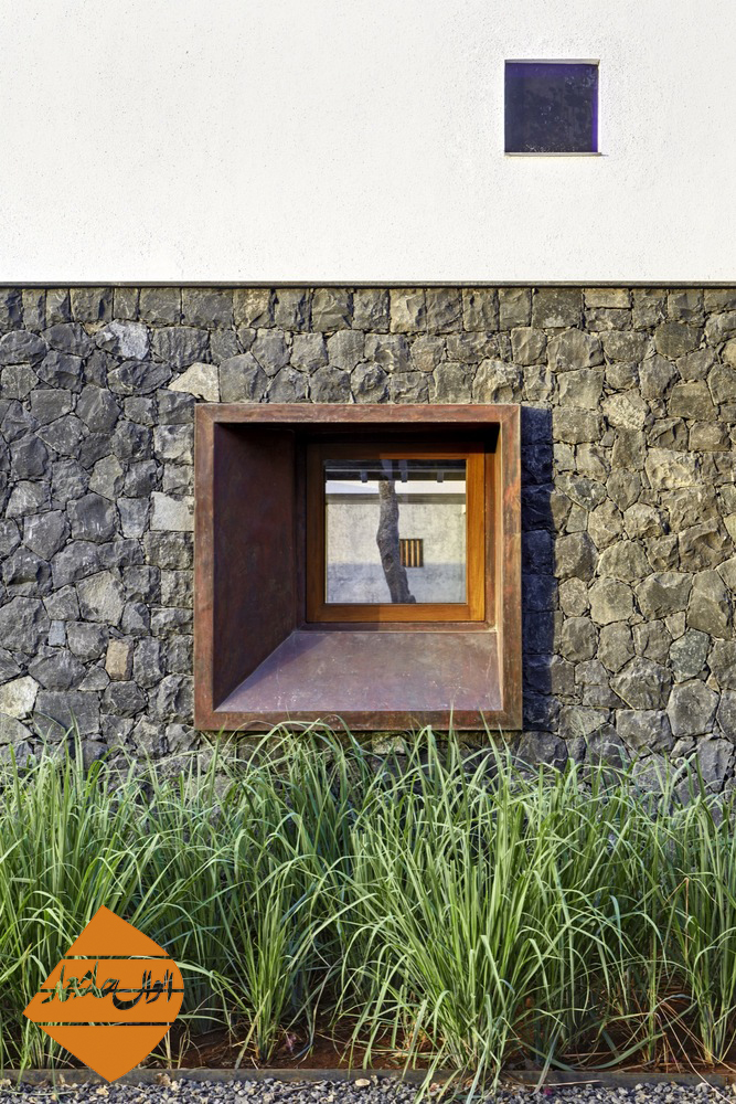 Three Court House / RMA Architects