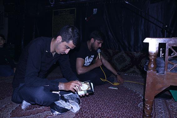 قرائت زیارت عاشورا توسط کربلائی مجتبی حق منش درمراسم ششمین سالگرد شهادت شهیددولت آبادی