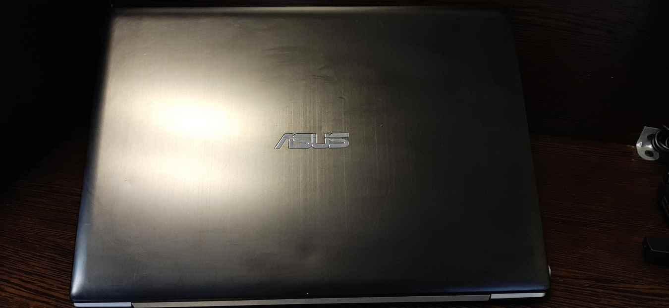 لپ تاپ استوک دل مدل ASUS vivobook S300CA با مشخصات i5-8GB-256GB-SSD-2GB-intel-HD