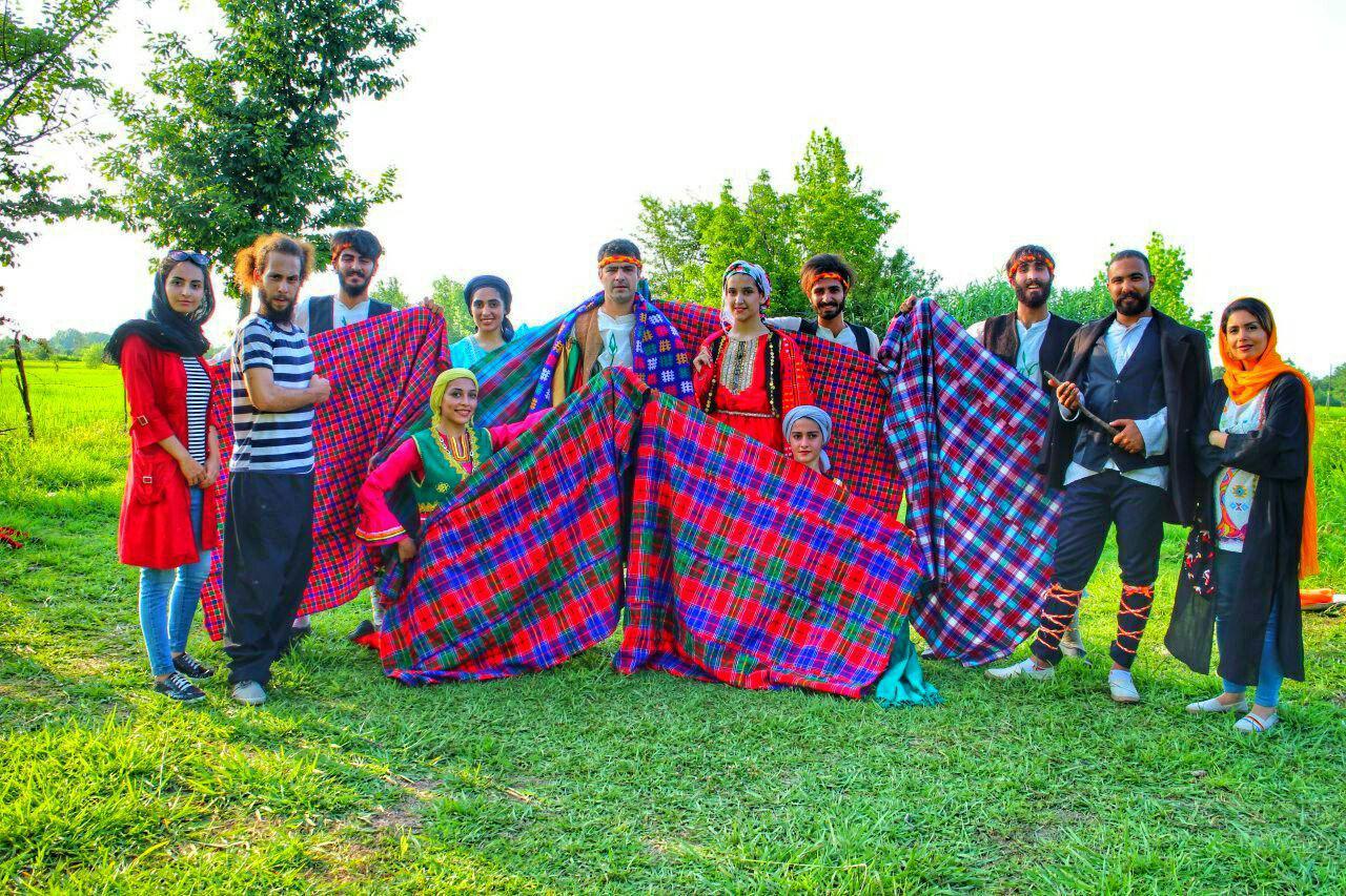 اجرای نمایش آئینی شال برون جهت شرکت در جشنواره بین المللی مریوان